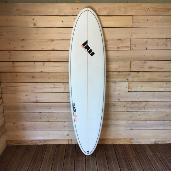 Black Wings 6'8 EGG WAVE ROCKET cristal clear